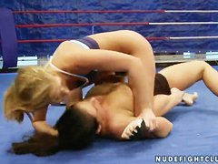 Nude Fight Club presents Lisa Sparkle vs. Linda-Ray