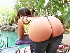 Big ass wonder with Ava Alvares.
